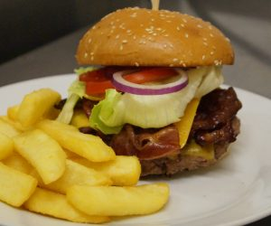 globe classic burger